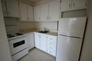 Renovated 3.5 available Immediately - downtown - ATWATER