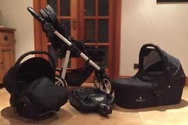 Venicci travel system with ISOFIX base