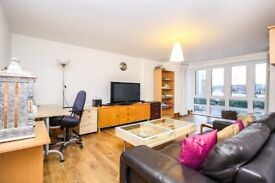 Vacant 2 bedrooms with Gym/ Pool walkable distance to Canary Wharf MB