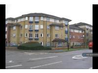 3 bedroom flat in Myddleton Avenue, London, N4 (3 bed)