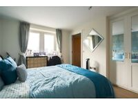 LARGE DOUBLE BEDROOM AVAILABLE IN NEW BUILD WINGFIELD COURT RIVER VIEWS EAST INDIA