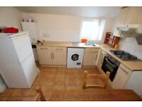 2 bedroom flat in Etherly Road, Seven Sisters, N15