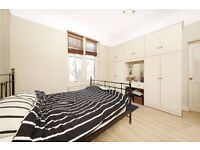 **Spacious 1 bedroom property in a quiet and desirable location**