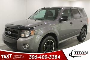 2012 Ford Escape XLT Sport| Auto| Black rims