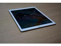 "Apple Ipad PRO ""9.7 32GB Wifi Cellular Silver Brand New Sealed!!"