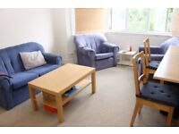 Two bedroom/two bathroom maisonette available 05/10 in Southgate