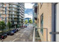 2 bedroom flat in Millharbour, London, E14 (2 bed)