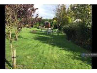 Studio flat in Gadlys Farm, Llansadwrn, Menai Bridge, LL59