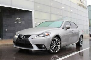 2016 Lexus IS 300 AWD|ROOF|BACK UP CAMERA|