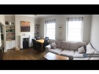 3 bedroom flat in Melbourne Street, Exeter, EX2 (3 bed)