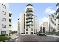 1 bedroom flat in Pump House Crescent, Brentford, TW8 (1 bed) (#1132071)
