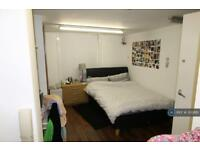 3 bedroom flat in Seel Street, Liverpool, L1 (3 bed)