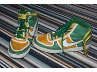 Nike Retro basketball boots