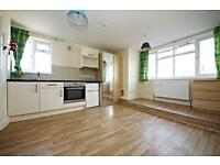 Studio flat in Angell Road, Loughborough Junction