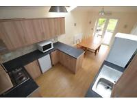 6 bedroom house in Minny Street, Cathays, Cardiff