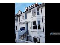 3 bedroom flat in Hamilton Road, Brighton, BN1 (3 bed)
