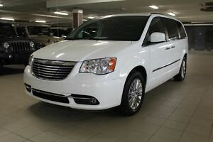 2015 Chrysler Town & Country TOURING PLUS *CUIR/TOIT/NAV/ 2 DVD*