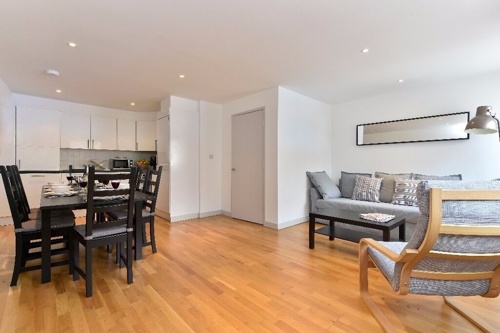 3 bed/1 bathroom apartment available in Camden, fully furnished and Wifi included, 3 months