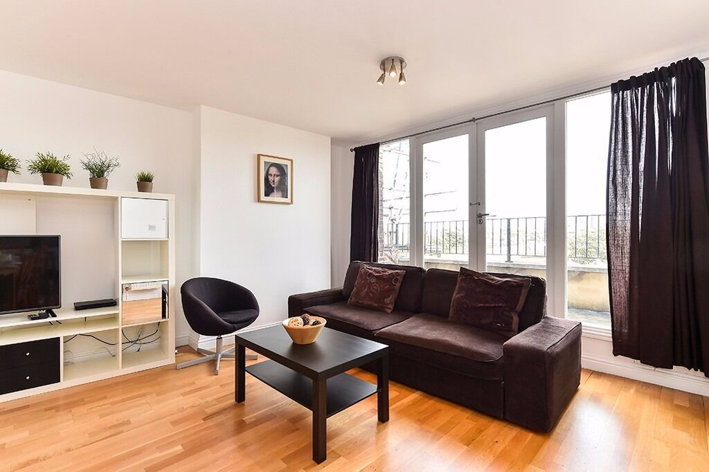3 beds/2 baths apartment*3 mins walk to Camden Town st.*3 months minimum*Fully furnished