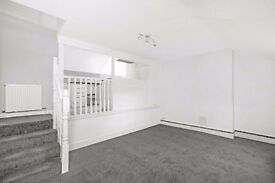 Huron Road, SW17-A newly refurbished top floor two bedroom split level flat close to transport links
