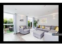 3 bedroom house in Stormont Road, London, SW11 (3 bed)