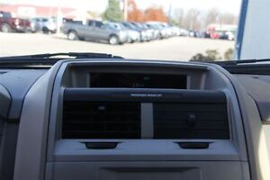 2009 Ford Escape XLT Automatic 3.0L Windsor Region Ontario image 14