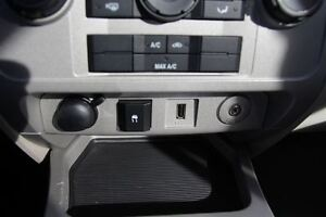 2009 Ford Escape XLT Automatic 3.0L Windsor Region Ontario image 13
