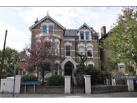 2 bedroom flat in Tressillian Road, London, SE4 (2 bed)