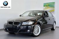 2011 BMW 328i xDrive + Manuelle + Xénon + Bluetooth