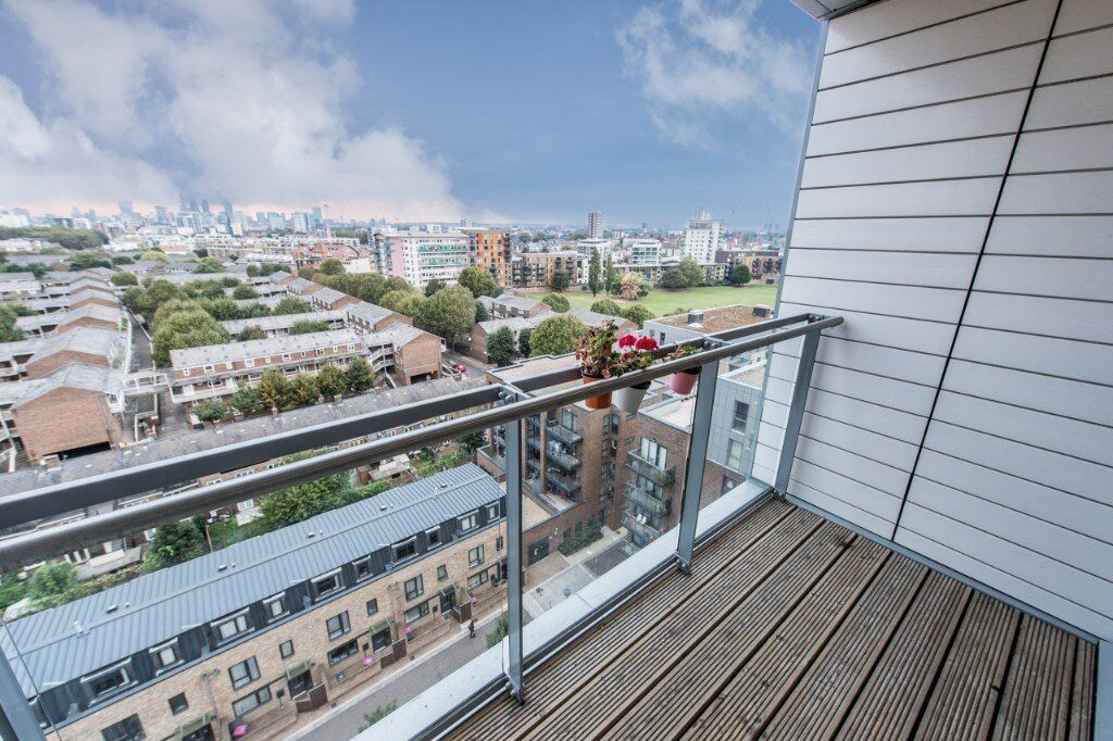 VACANT!!- STUNNING BRAND NEW 3 BEDROOM 2 BATHROOM LUXURY APARTMENT IN COLINDALE NW9 -FULLY FURNISHED