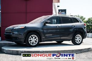 2015 Jeep Cherokee North, FWD, 4cyl. Bas Milleage, BLUETOOTH
