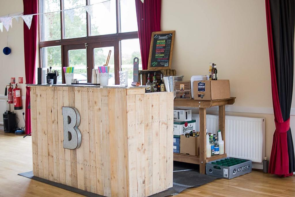 Rustic folding bar - great for events