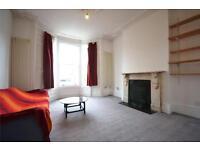 1 bedroom flat in Beatrice Road, Stroud Green, N4