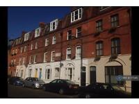 1 bedroom flat in Ashfield Street, Whitechapel, E1 (1 bed)