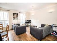 5 bedroom house in Ambassador Square, Canary Wharf