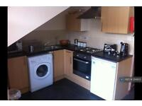 1 bedroom flat in Thornbury, Southampton , SO15 (1 bed)