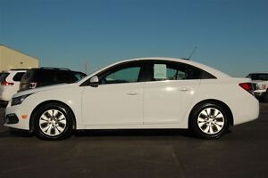 2016 Chevrolet Cruze *FINANCING AS LOW AS 0.9%* Moose Jaw Regina Area image 4