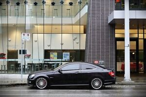 2013 Mercedes-Benz C-Class C63 AMG coupe Performance Package