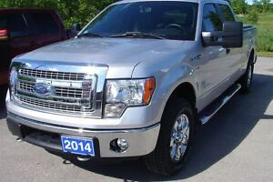 2014 Ford F-150 XLT/XTR Very clean low km's