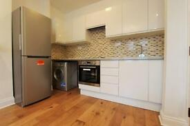 2 bedroom flat in Rathcoole Gardens, Crouch End