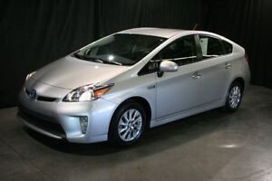 2014 Toyota Prius Plug-In **NAVIGATION**SEULEMENT 32 007KM**