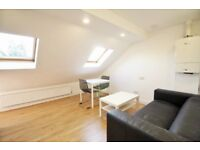 !!! LOVELY 1 BED TOP FLOOR APARTMENT IN GREAT LOCATION NEAR TO SHOPPING AND TRANSPORT FACILITIES !!!