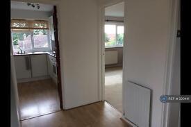 1 bedroom flat in Ewell Village, Epsom, KT17 (1 bed)