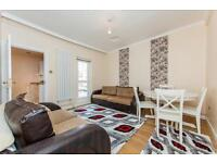 2 bedroom flat in Roman Road, Bow E3
