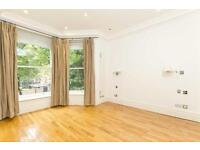 2 bedroom flat in Greencroft Gardens, South Hampstead