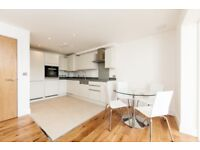 2 BEDROOM APARTMENT-Hampton Row, Barnes, London SW15 - PUTNEY BARNES FULHAM