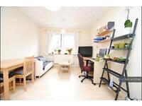 1 bedroom flat in Hornsey Road, London, N7 (1 bed)