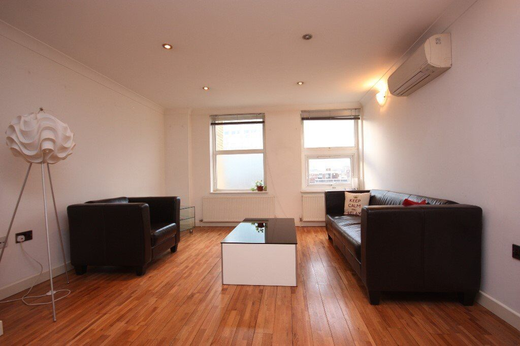 **Fantastic 2 bedroom 2 bathroom apartment located on commercial street E1 **ROOF TERRACE**