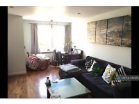 2 bedroom flat in John Archer Way, London, SW18 (2 bed)