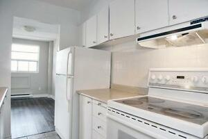 Sarnia 2 Bedroom Apartment for Rent: ON-SITE MOVIE THEATRE & GYM